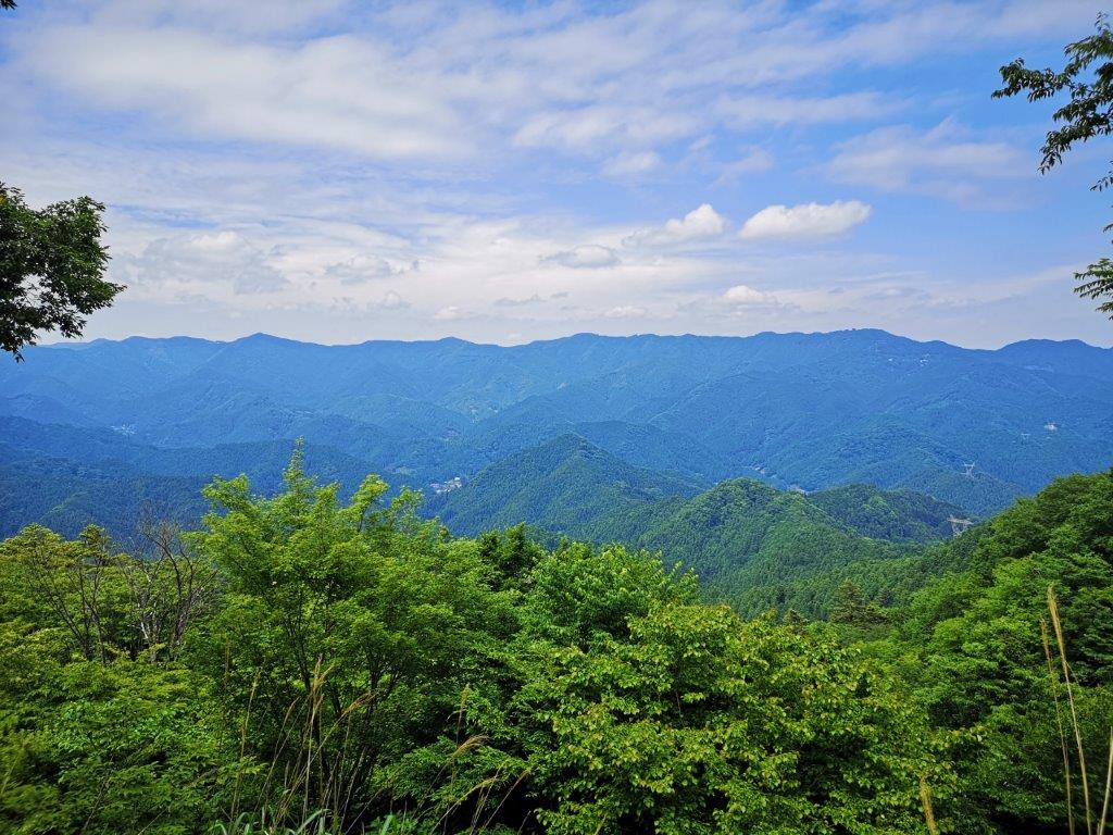 Mt Atago (653m), Hanno City, Saitama Prefecture [Fureai noMichi]